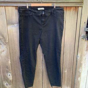 Torrid Black Stretchy Skinny Jeans